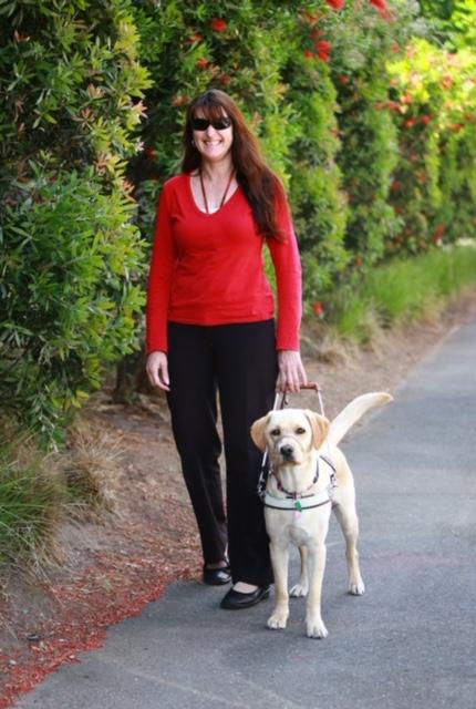 guide-dogs-melaine-robinson